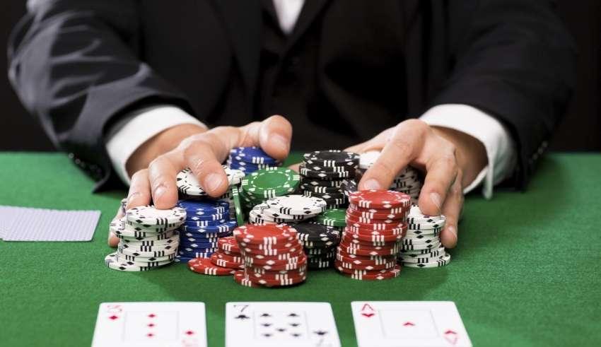 play online poker